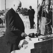 1954 - foundation - sir ellis robbins laying the foundation stone